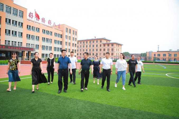 办幸福教育 品教育幸福——朝阳市龙城