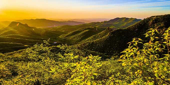 燕都圣山,辽西绿岛――大黑山旅游景区